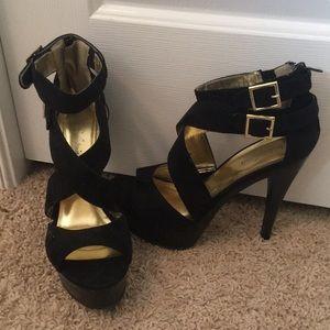 Michael Antonio Black Heels